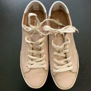 Dusty pink leather sneakers